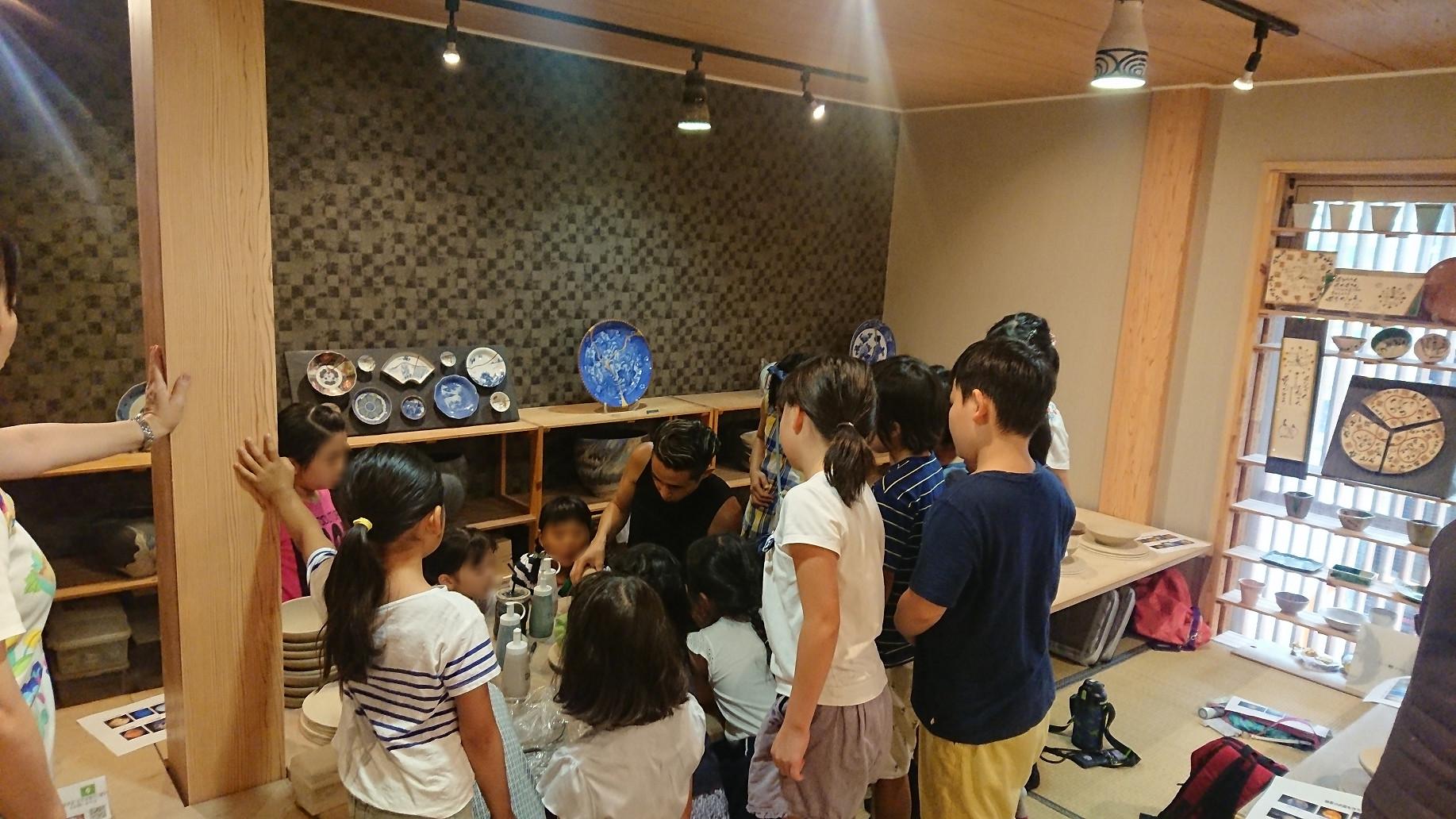 陶芸教室で、宇宙制作!